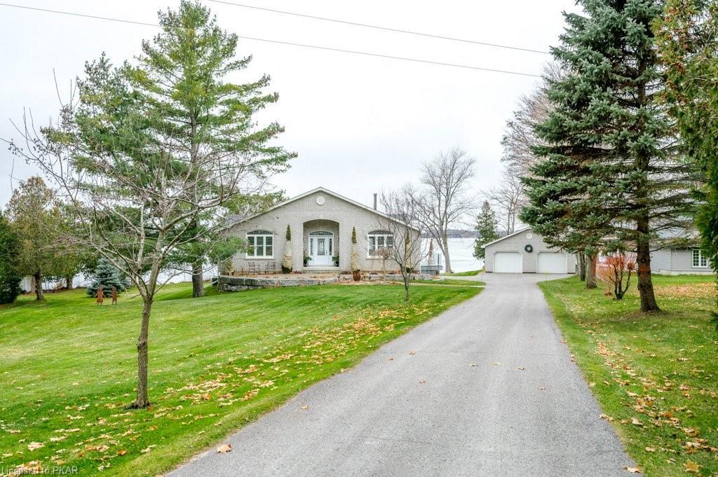 1354 Island View Drive, Selwyn Ontario, Canada