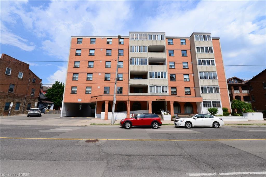 23 Main Street Unit# 104, Dundas Ontario, Canada