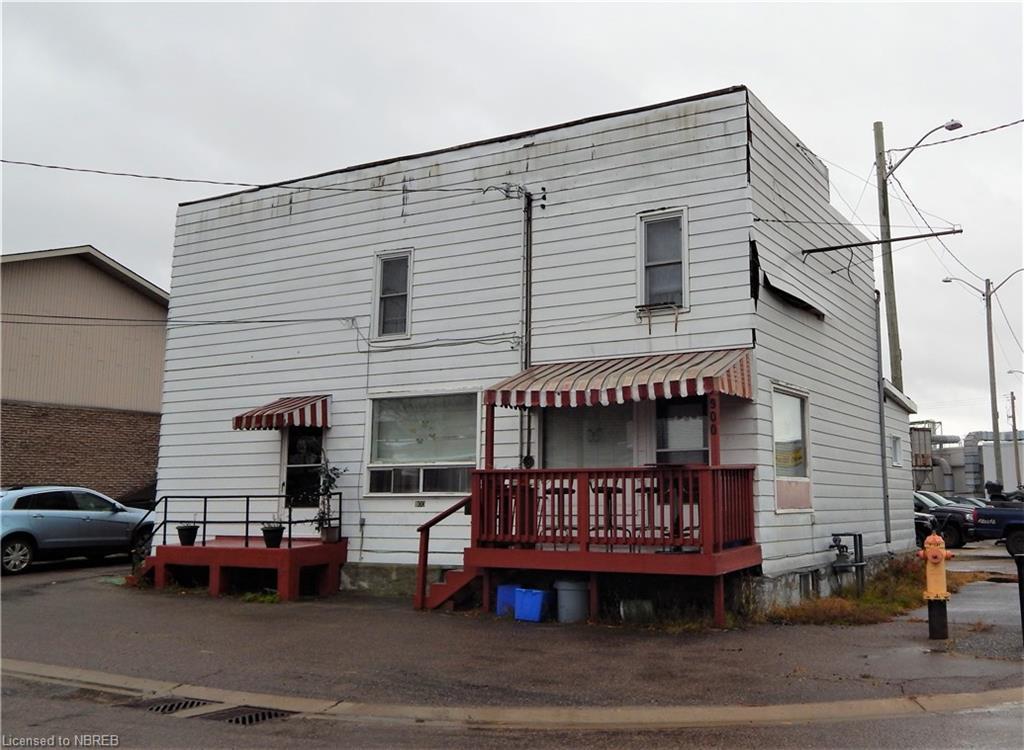 900 MCINTYRE Street E, North Bay Ontario, Canada