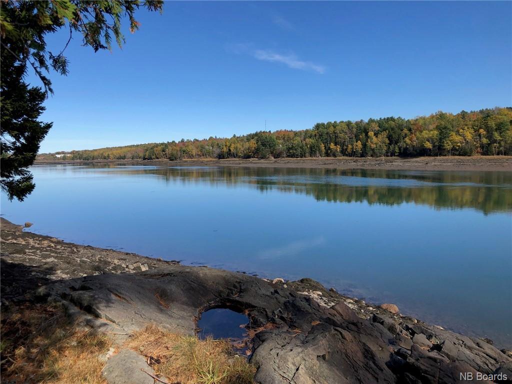 Vacant Shore Front Lot, Oak Bay New Brunswick, Canada