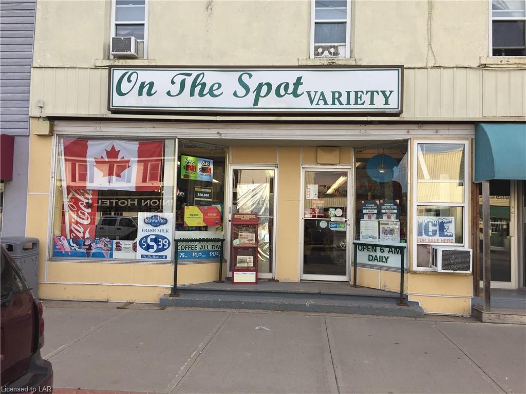 118 BOBCAYGEON Road, Minden Ontario, Canada