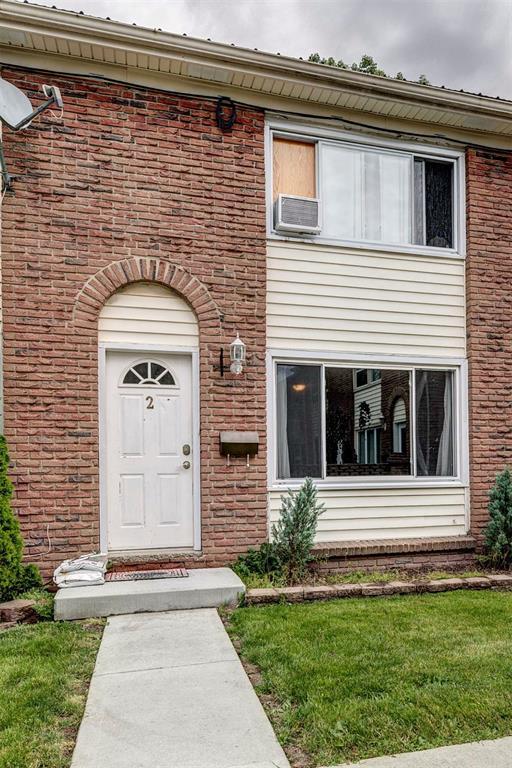 889 Carleton Place Unit# 2, Sarnia Ontario, Canada