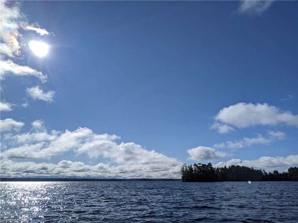 1000 Regatta Island Island, Bracebridge Ontario, Canada
