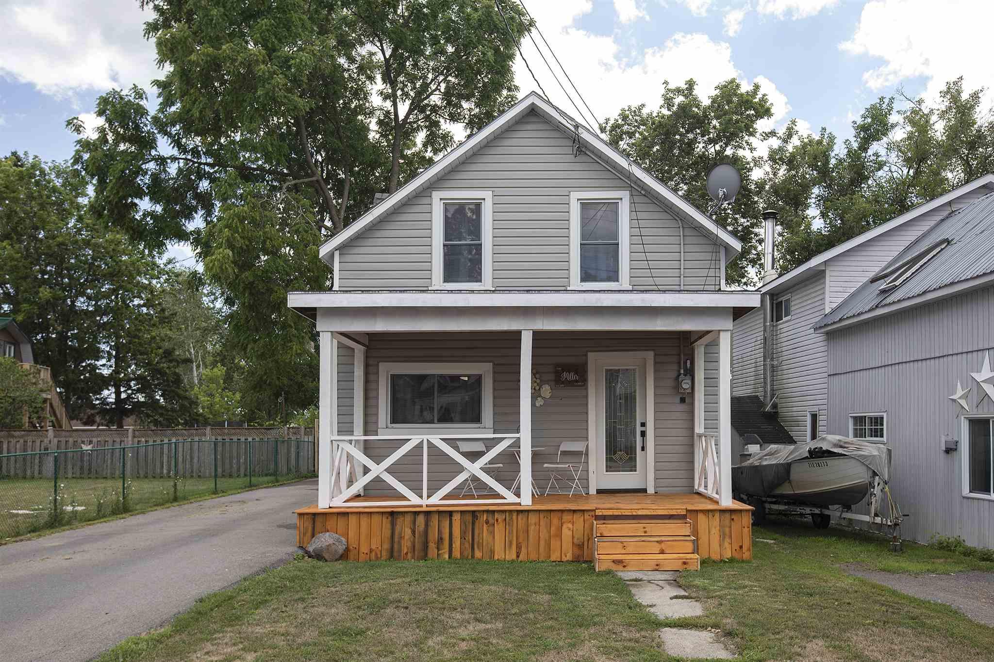392 Thomas Street, Deseronto, Ontario, Canada