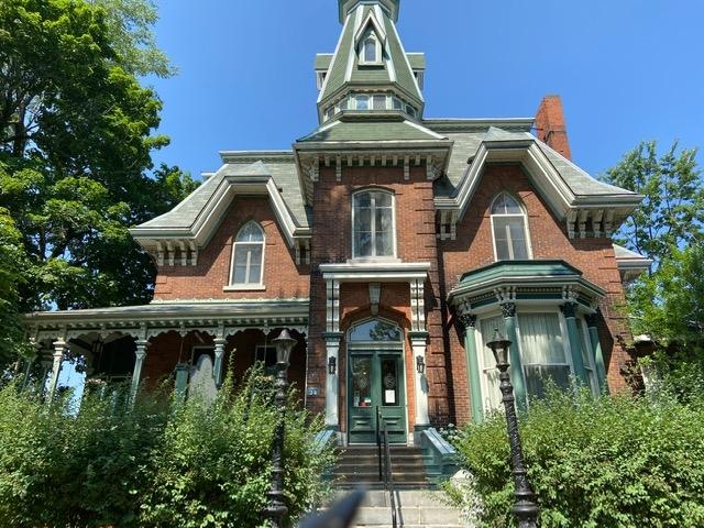 24 Sydenham Street, Kingston Ontario, Canada