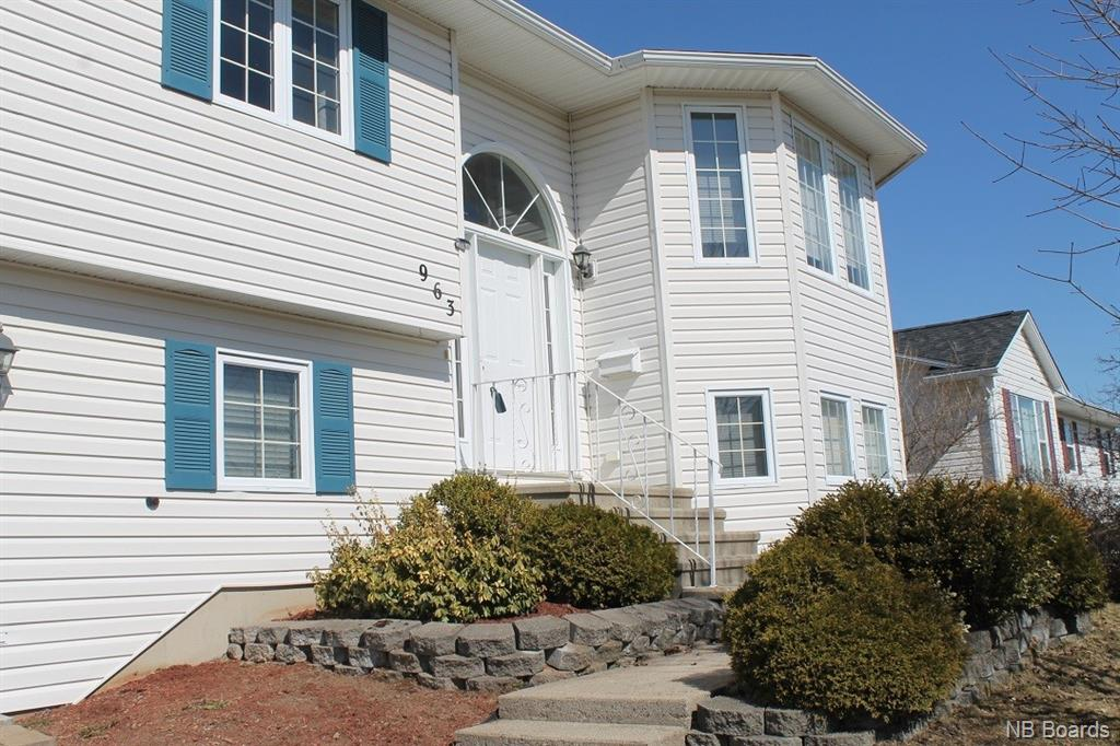 963 Forest Hill Road, Fredericton New Brunswick, Canada