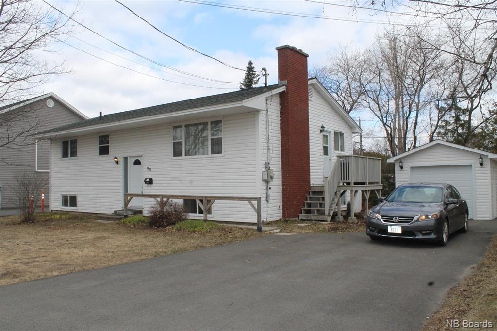 99 Sunset Drive, Fredericton New Brunswick, Canada