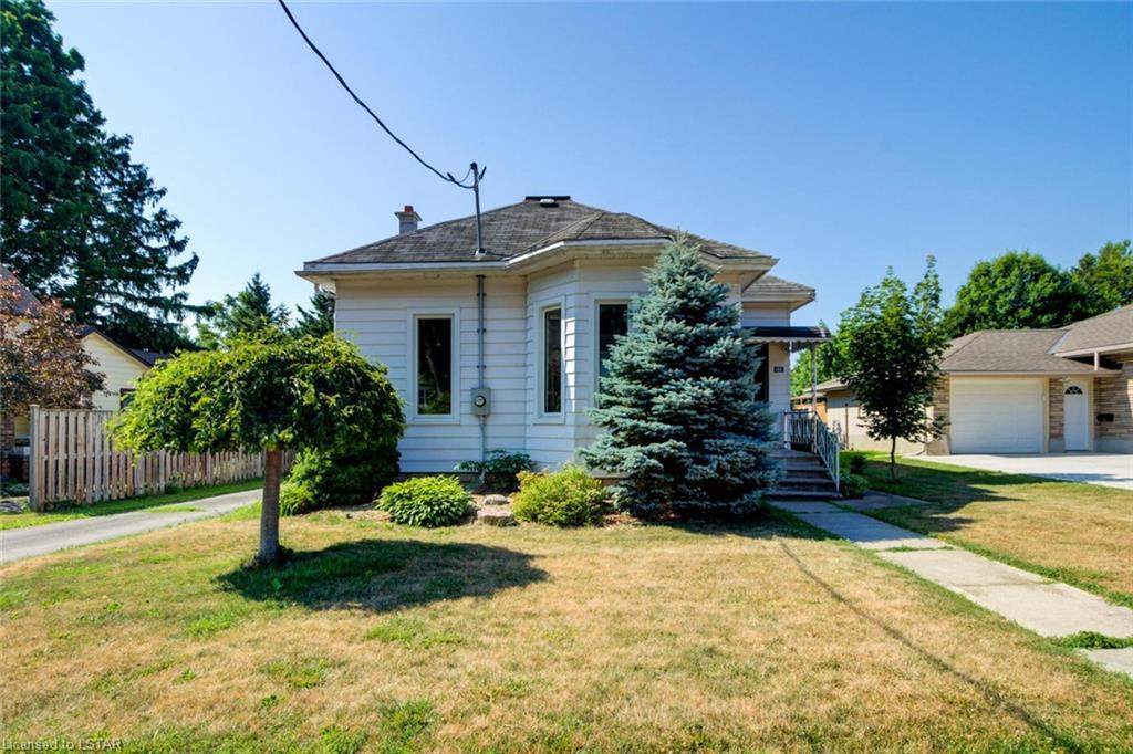 192 Sydenham Street E, Aylmer Ontario, Canada