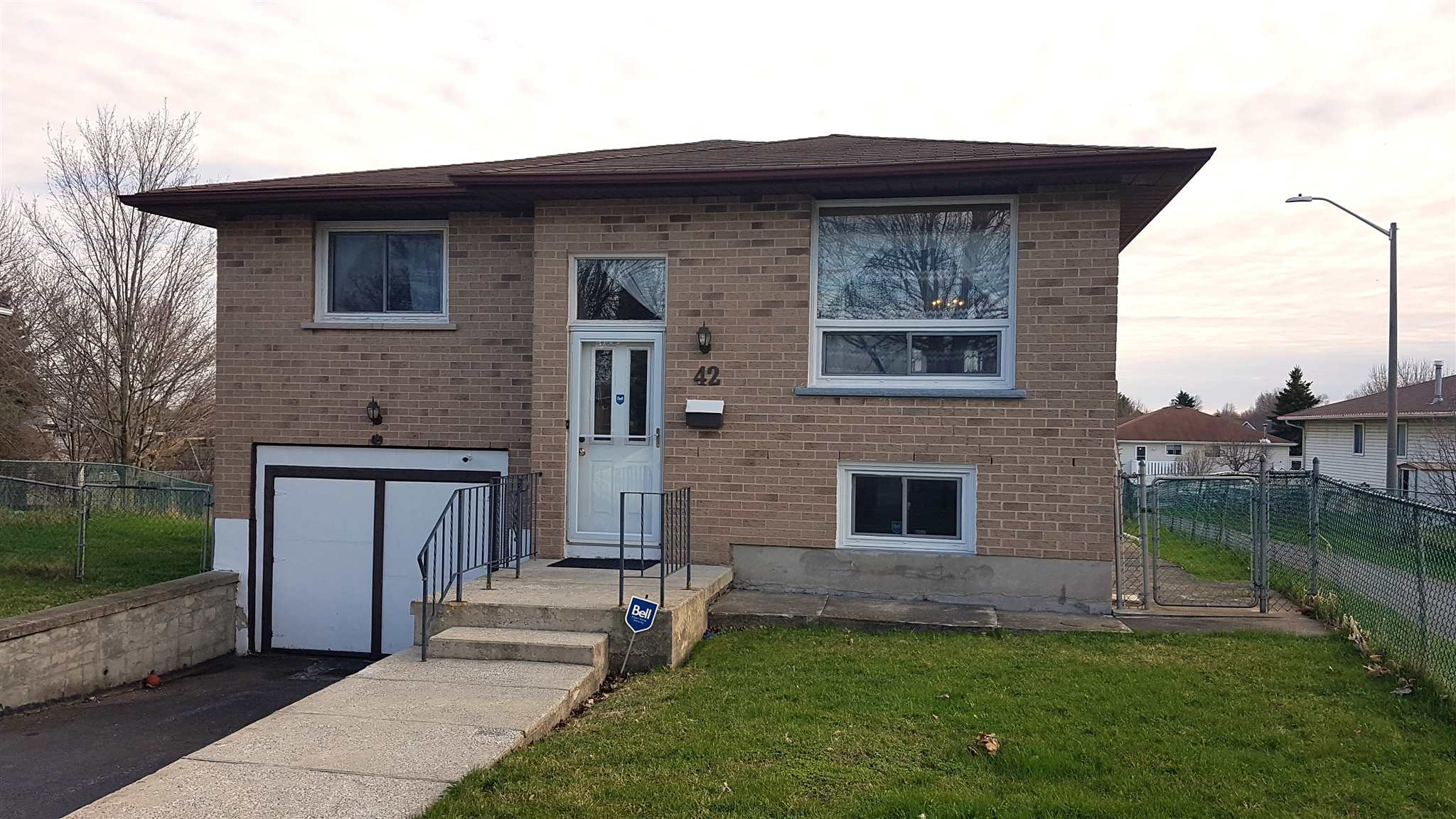42 Joyce Street, Kingston Ontario, Canada