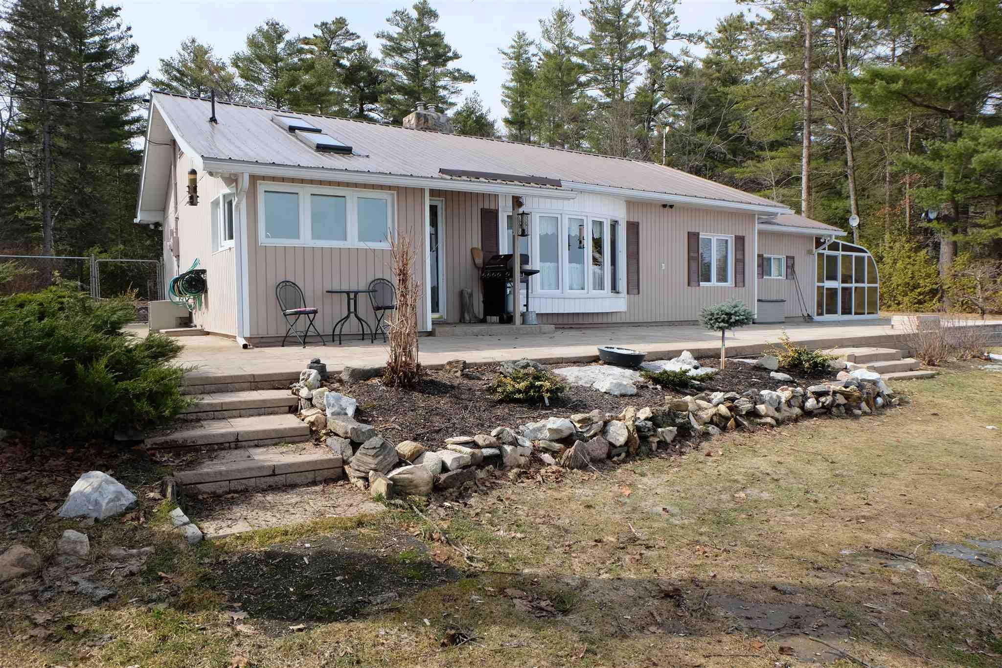 1212 Marble Lake Road, North Frontenac Ontario, Canada