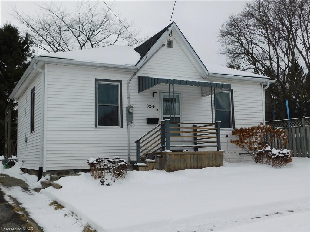 104 DEBLAQUIRE Street S, Port Hope Ontario, Canada