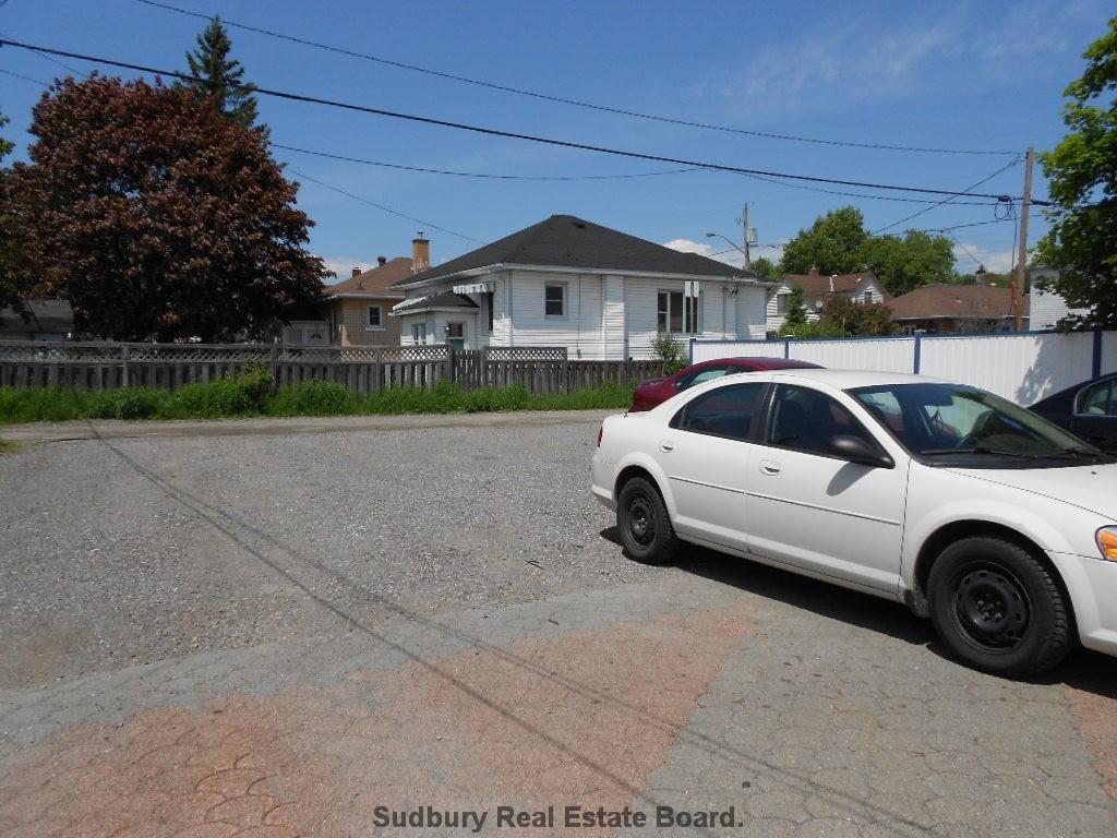 715 LORNE ST, Sudbury Ontario, Canada