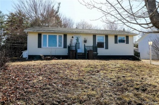 31 Tower Road, Fredericton New Brunswick, Canada