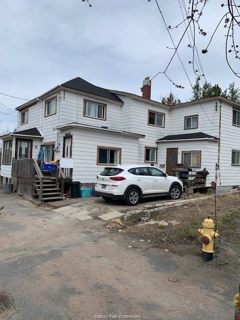 8 Milan Street, Copper Cliff Ontario, Canada