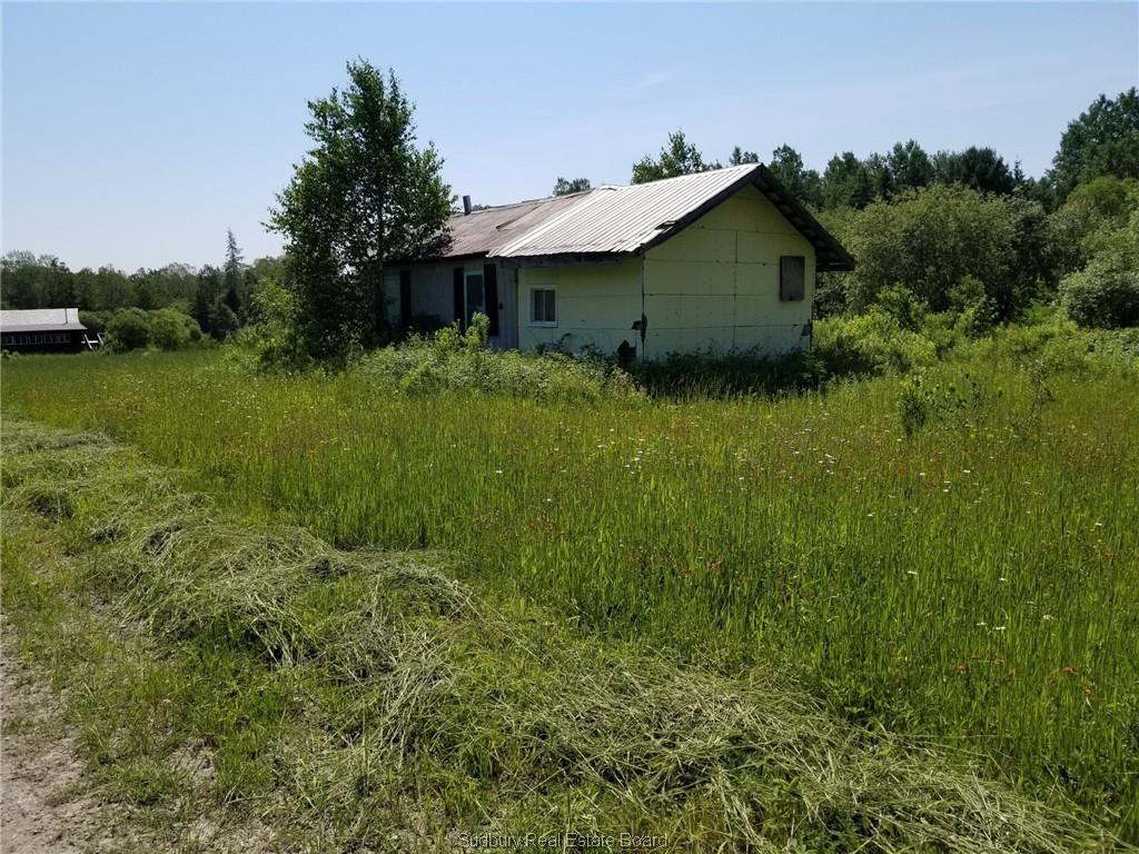 563 Dry Rapids Road, Alban Ontario, Canada
