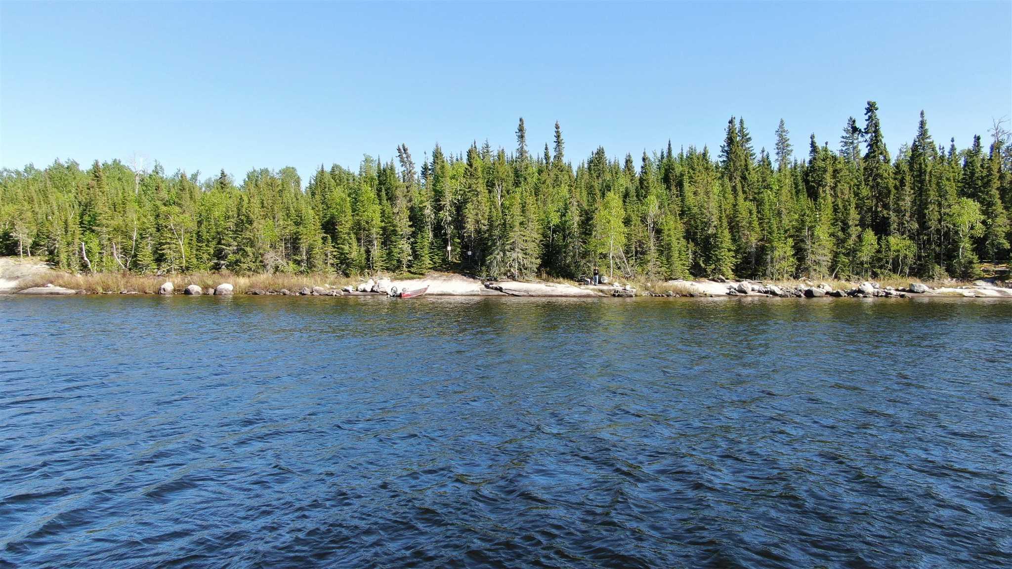 Location S819 Gun Lake, Minaki Ontario, Canada