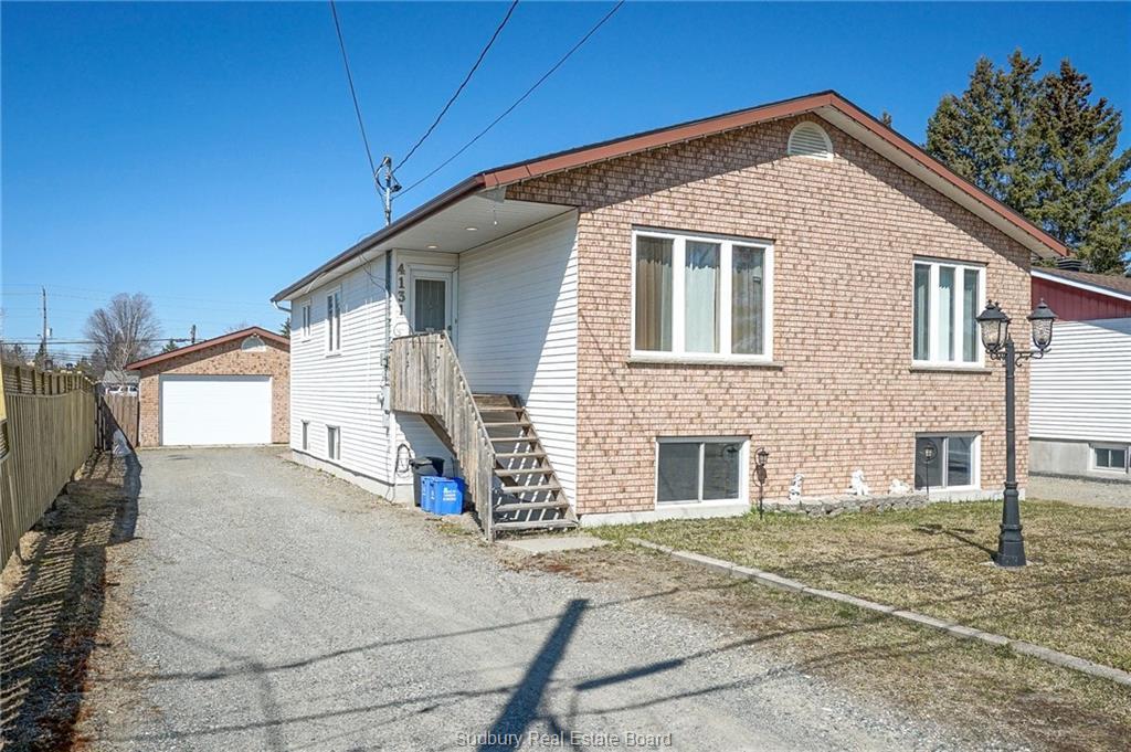 4131 La Habre Avenue, Hanmer Ontario, Canada