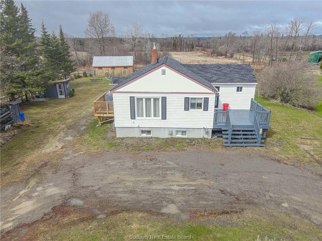 852 Vermillion Lake Road, Chelmsford Ontario, Canada