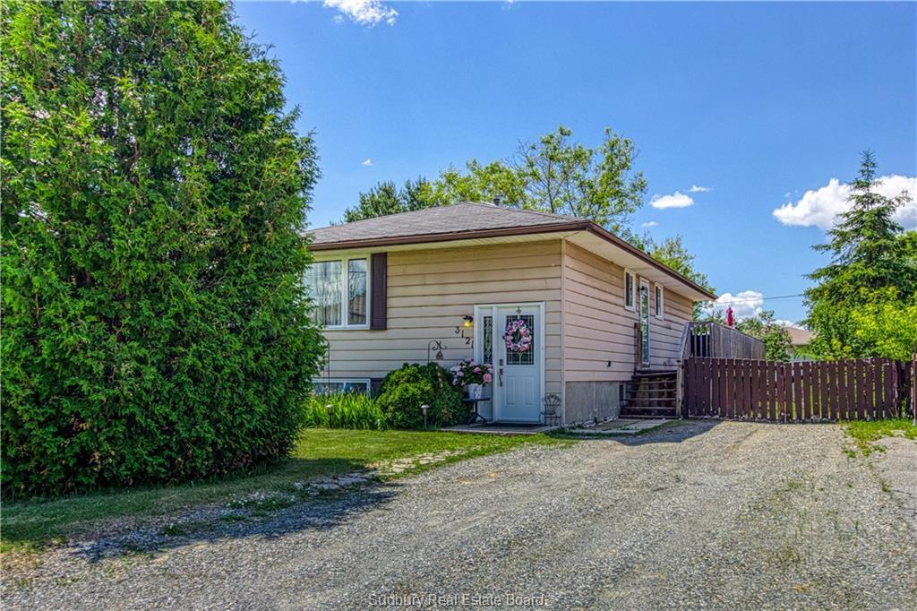 3121 Herve, Val Caron Ontario, Canada