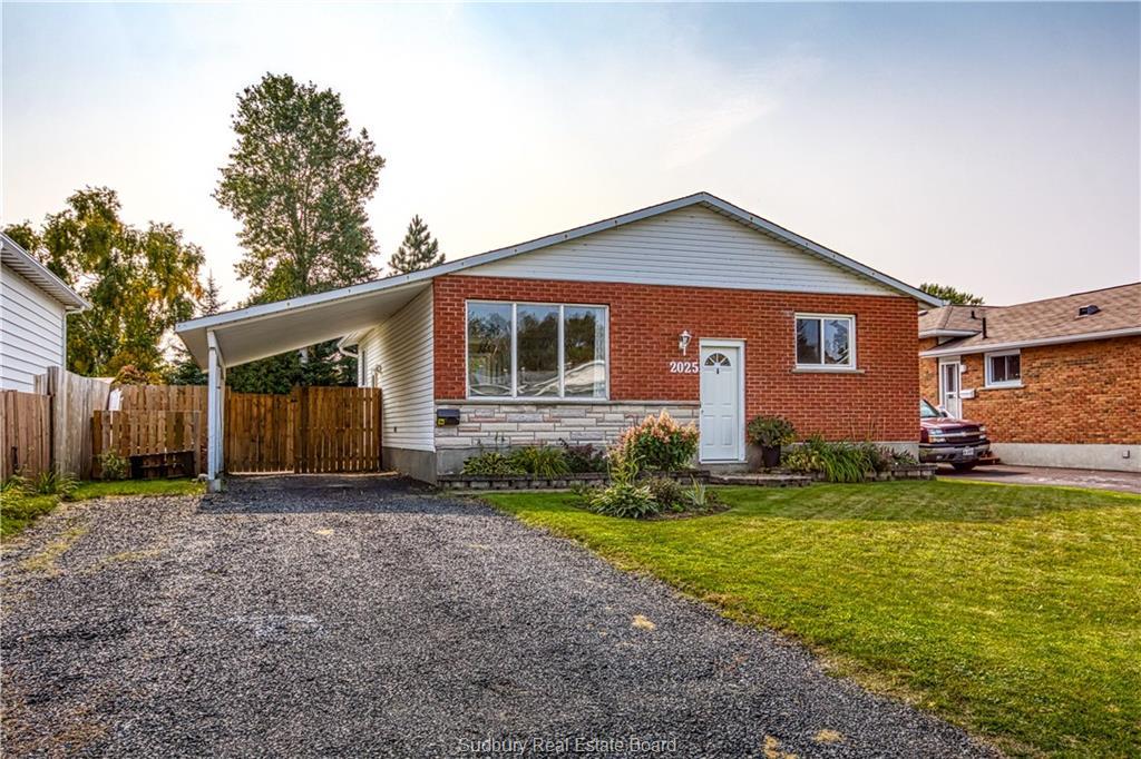 2025 Caribou, Sudbury Ontario, Canada