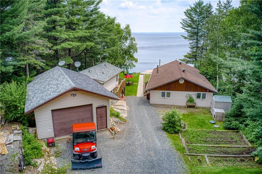 1306 West Bay, Capreol Ontario, Canada