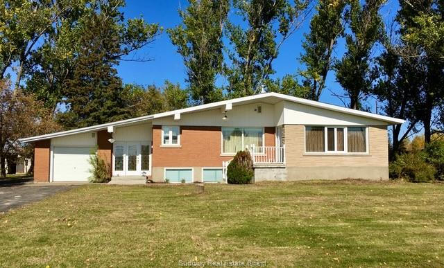 2884 Main, Blezard Ontario, Canada