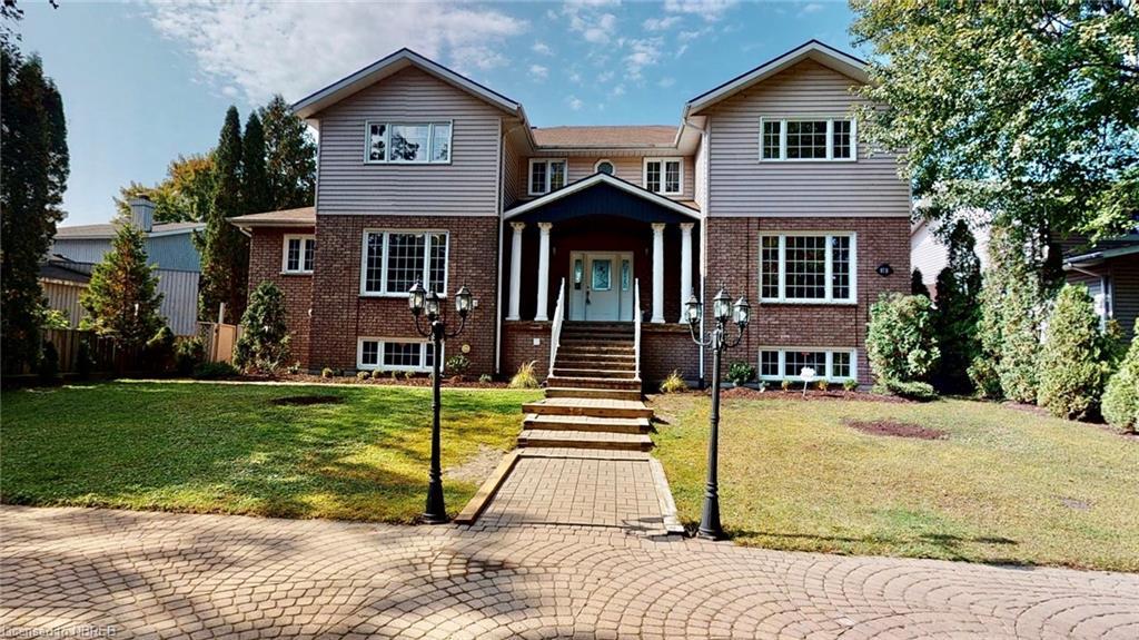87b Campbell Avenue, North Bay Ontario, Canada