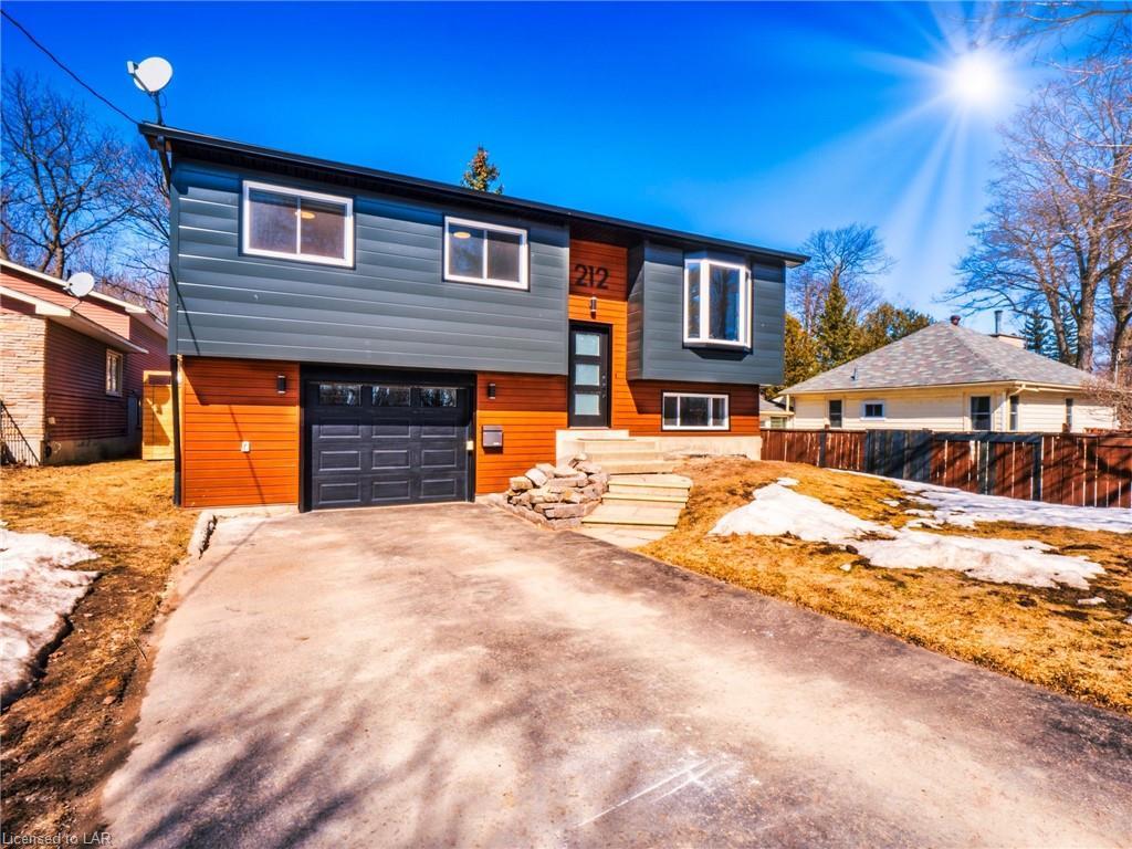 212 Borland Street E, Orillia Ontario, Canada
