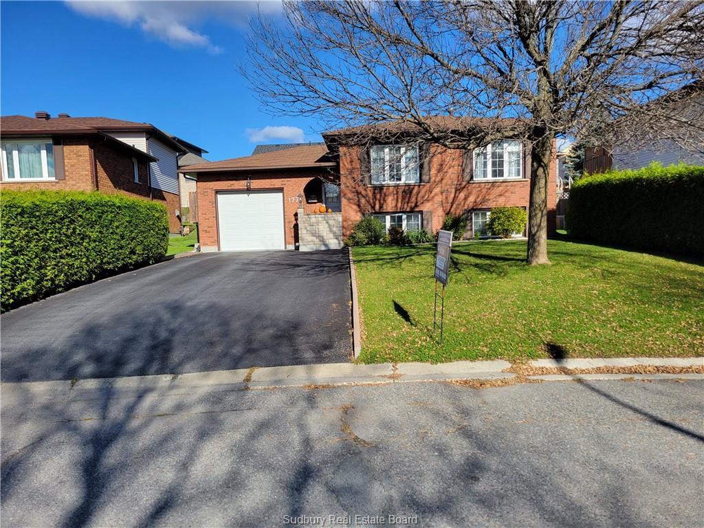 177 Autumnwood Crescent, Sudbury Ontario, Canada