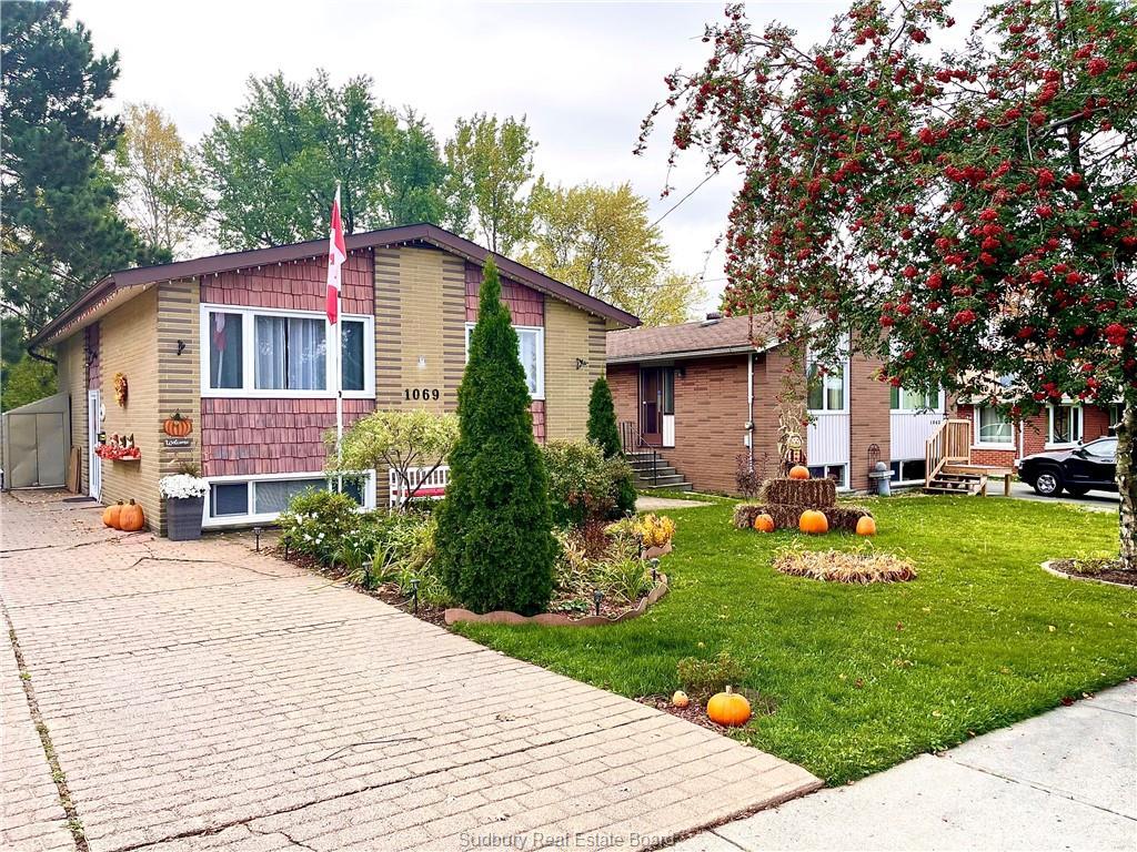 1069 Hawthorne Drive, Sudbury Ontario, Canada