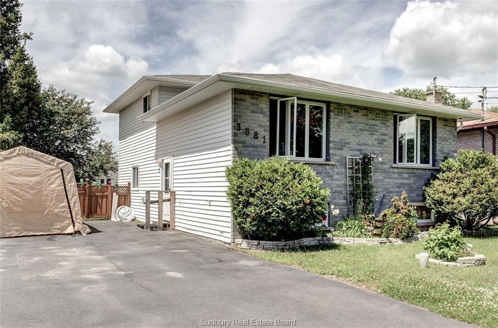 3881 Macmillan Drive, Val Caron Ontario, Canada