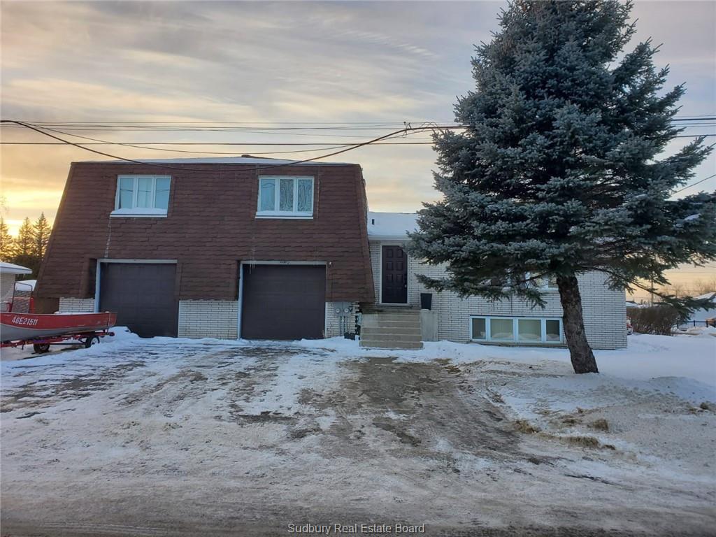 4181 La'habre Avenue, Val Therese Ontario, Canada
