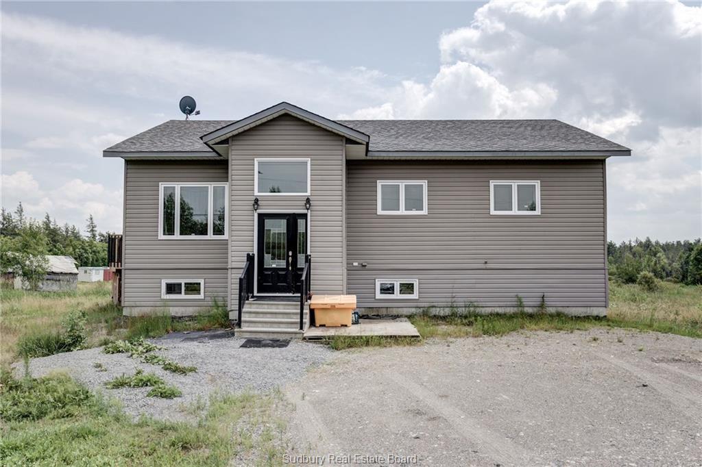 4133 Dill Lake Road, Sudbury Ontario, Canada