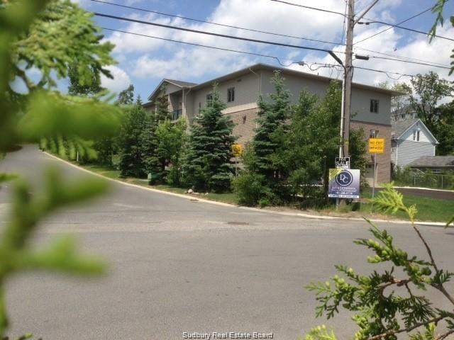 238 Caswell Drive Unit# 203, Sudbury, Ontario, Canada