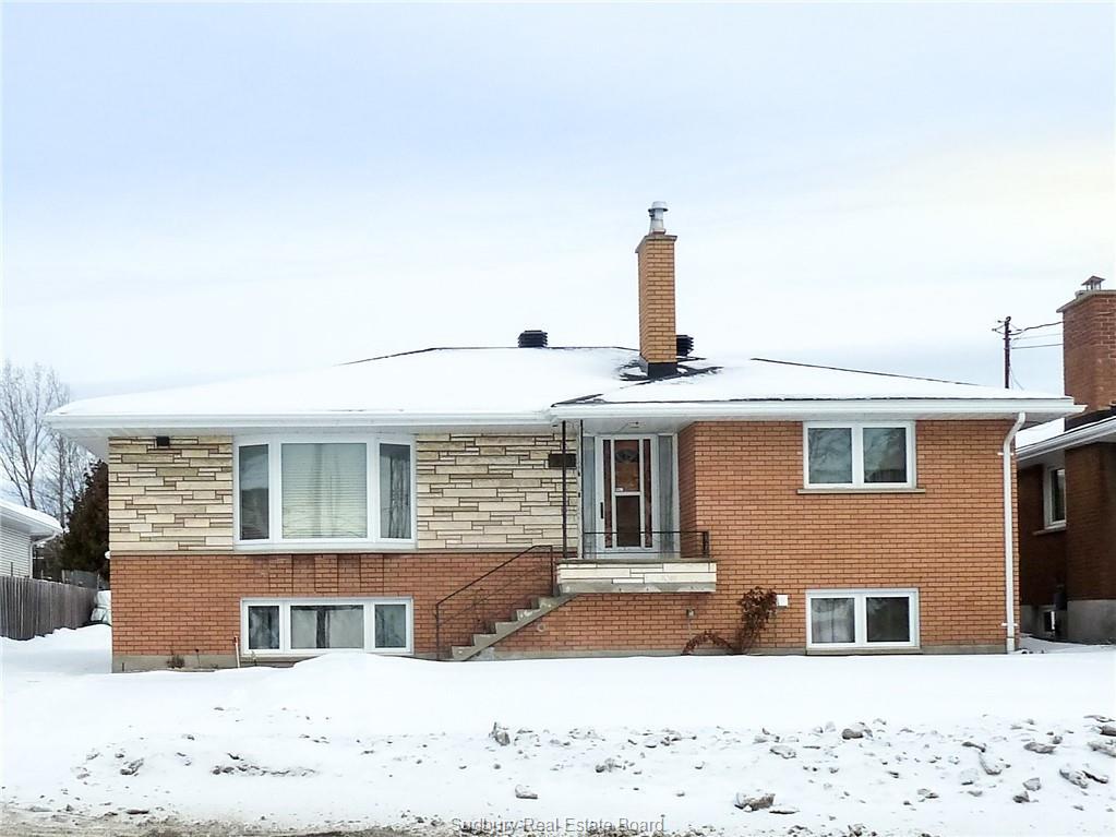 930 Robinson, Sudbury Ontario, Canada