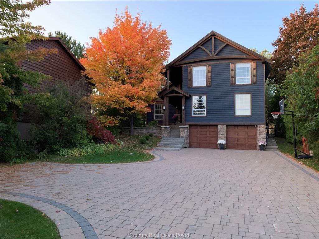 922 Roderick Avenue, Sudbury Ontario, Canada