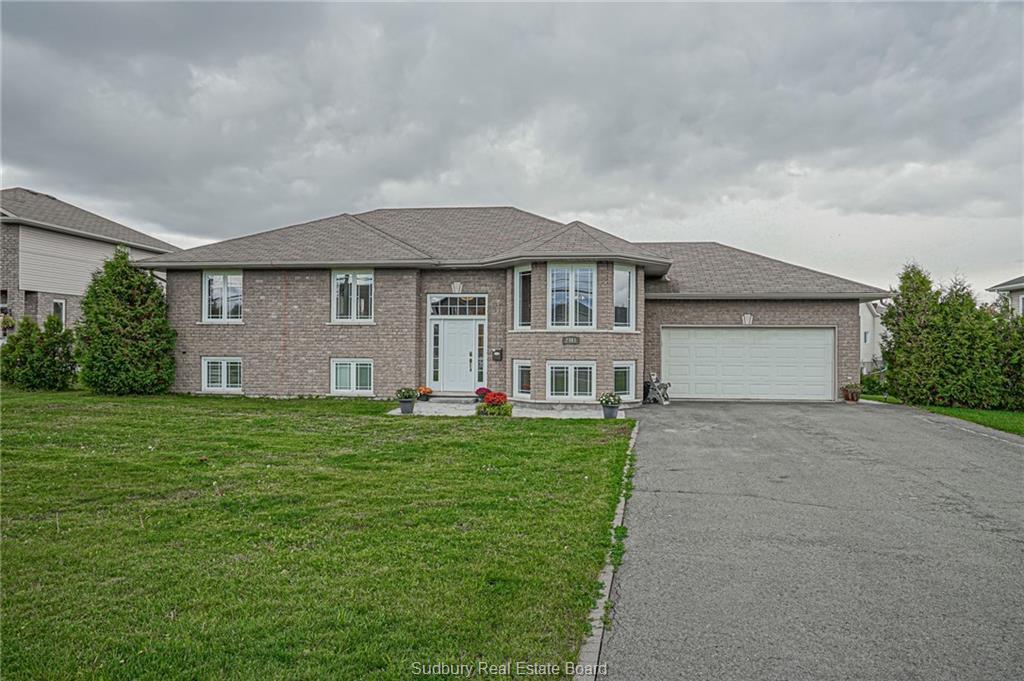 2461 Bancroft Drive, Sudbury Ontario, Canada