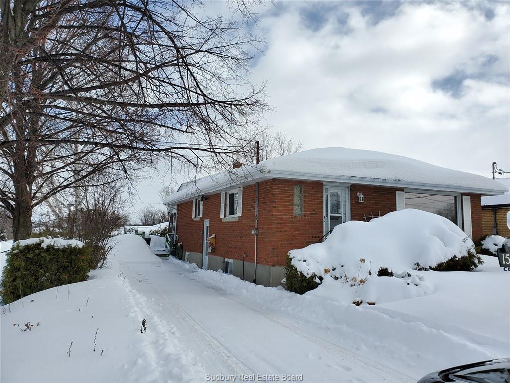 1558 Agincourt Avenue, Sudbury Ontario, Canada