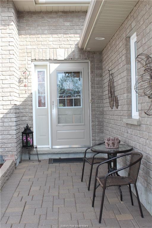 3965 MACMILLAN Drive, Val Caron, Ontario, Canada
