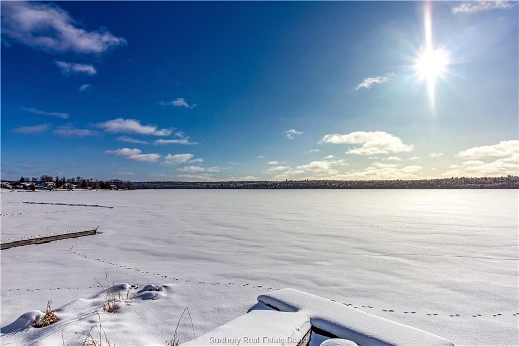 2363 VERMILLION LAKE Road, Chelmsford Ontario, Canada