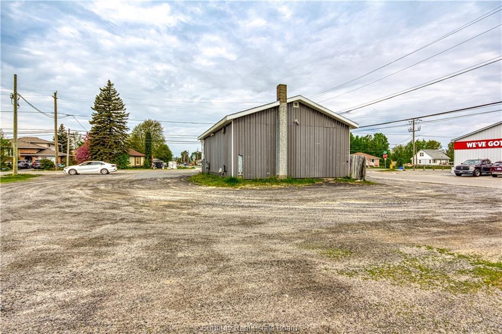 3285 ERRINGTON, Chelmsford, Ontario, Canada