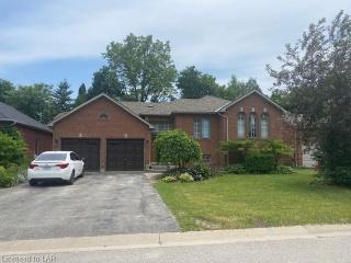 33 ASHTON Street, Orillia Ontario, Canada