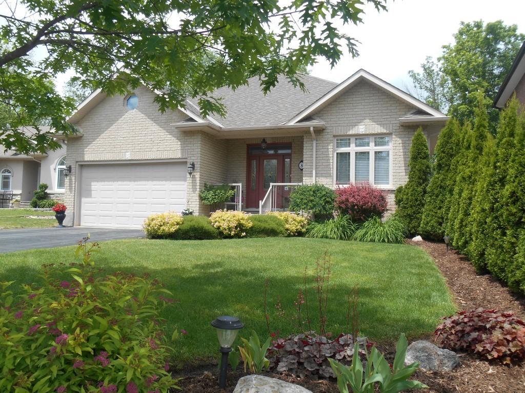 8 Bloomfield Crt, Lakefield Ontario, Canada
