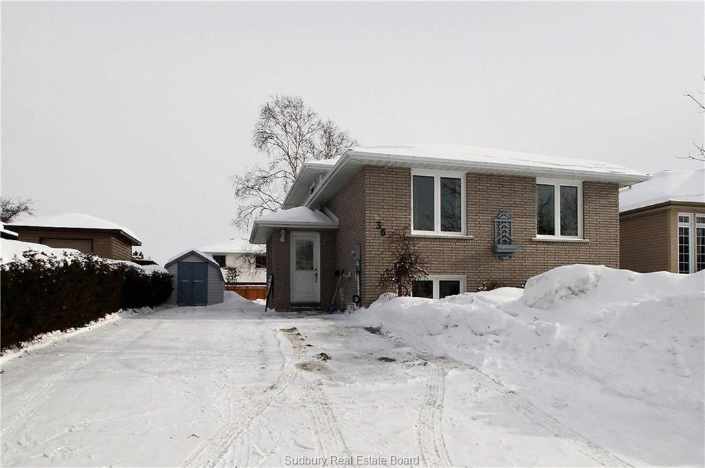36 Plumtree Crescent, Sudbury Ontario, Canada