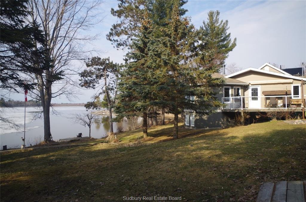 297 Avenue Du Lac, Lavigne Ontario, Canada