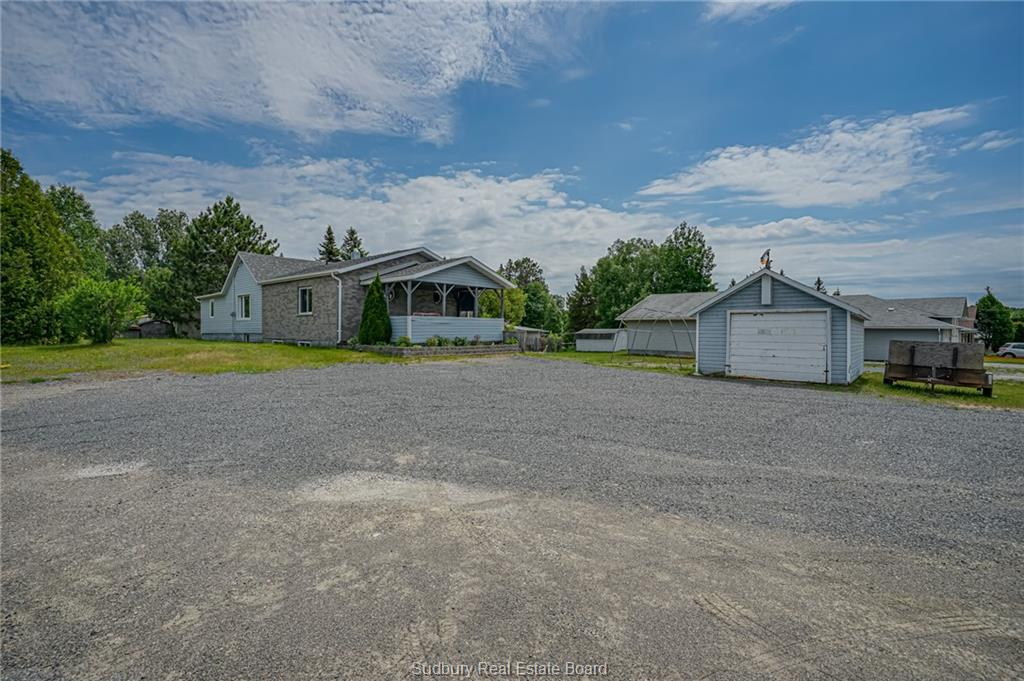 2125 Regional Road 55, Naughton Ontario, Canada
