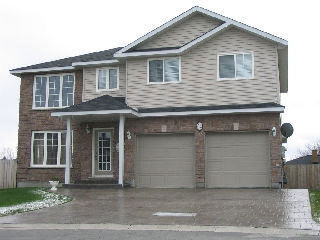 82 Greenwich, Sudbury Ontario