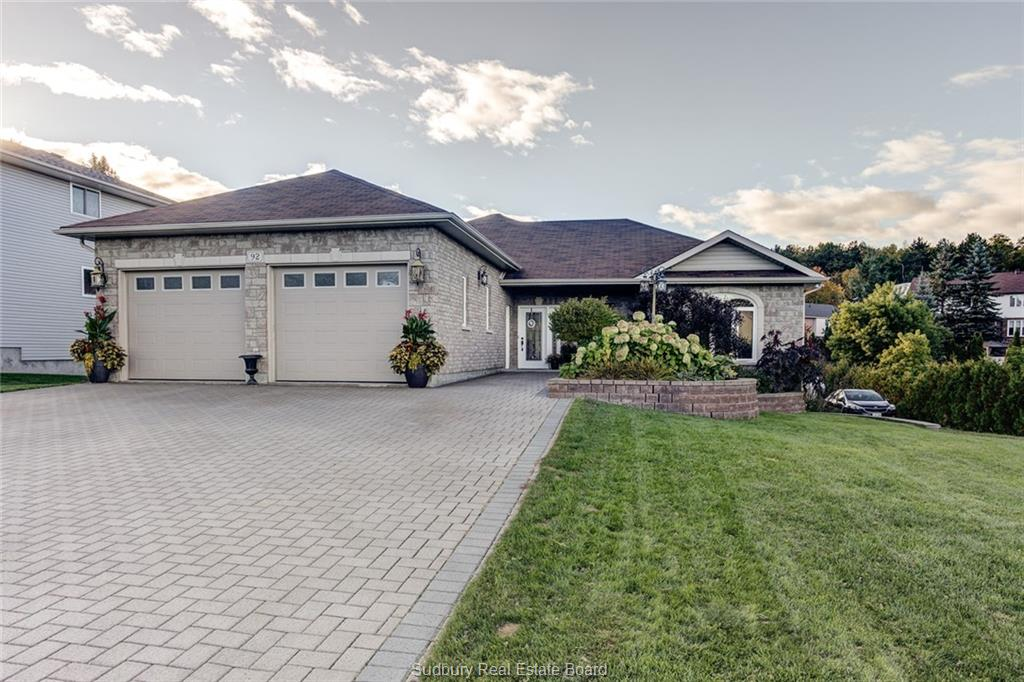 92 Bonnie Drive, Lively Ontario, Canada