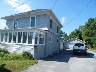 2 Leopold St, Quinte West - Trenton Ontario
