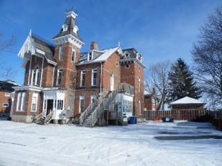 41-43 Queen St, Quinte West - Trenton Ontario